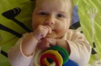 de ontwikkeling van je baby in maand 5