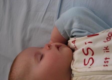 de ontwikkeling van je baby in maand 4