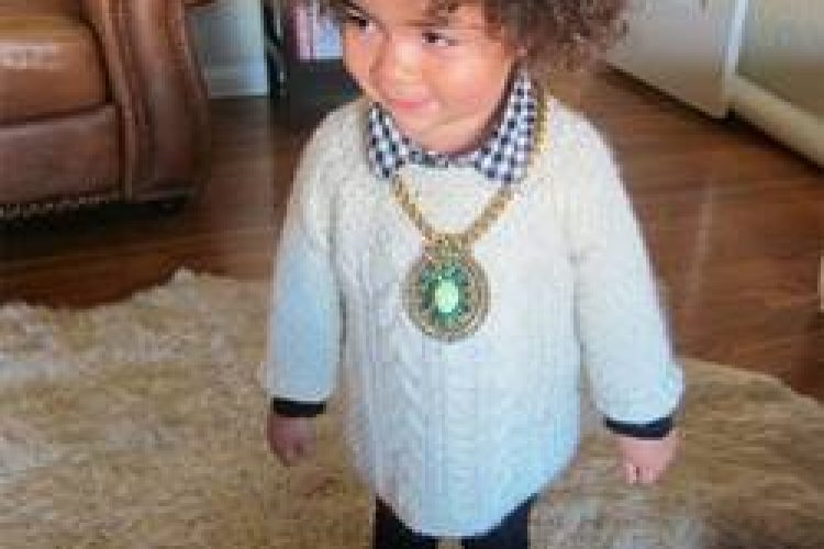 4 tips om je kind aan te kleden
