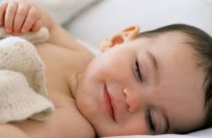 Baby en slapen