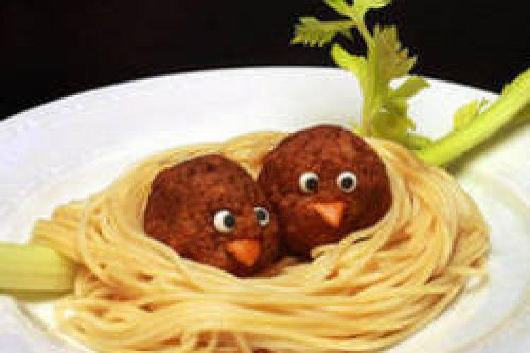 Peuter en eten: het kan zo leuk zijn!