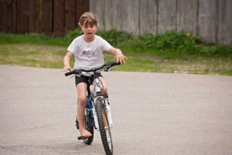 Wanneer mag je kind zelfstandig fietsen??