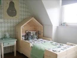 Van het kleine bedje naar het grote bed…
