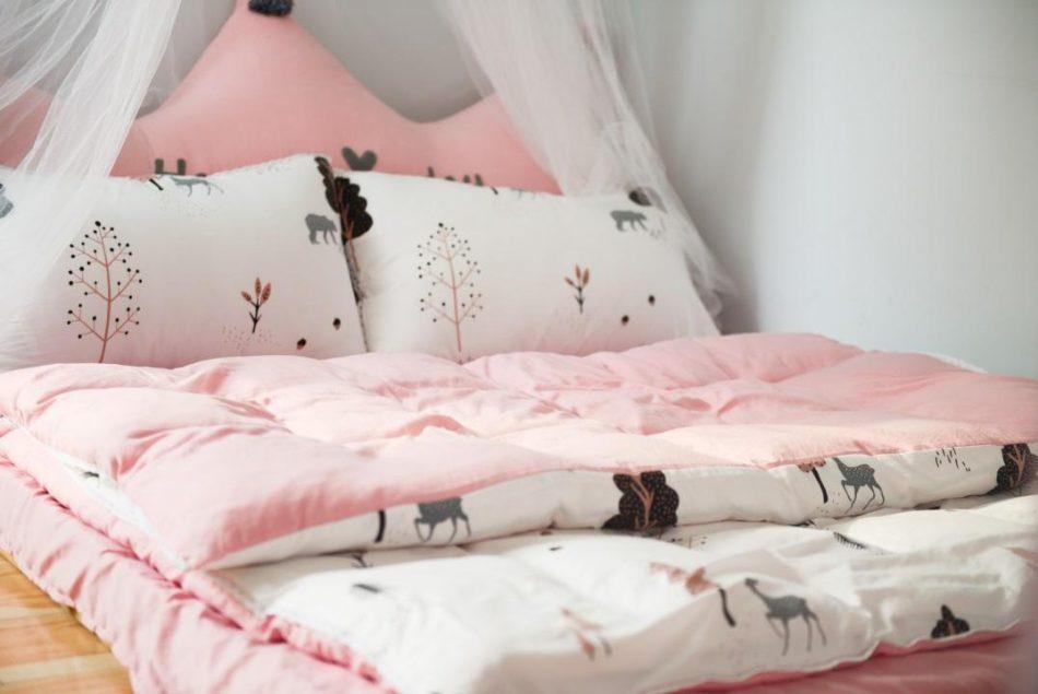 Tips voor het stylen van een gezellige meisjeskamer baby en kind