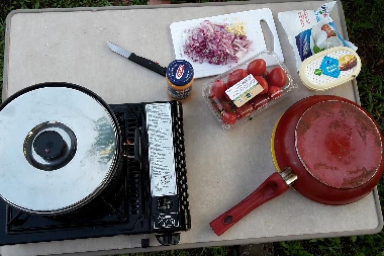 Pasta met pesto: HelloFresh op de camping