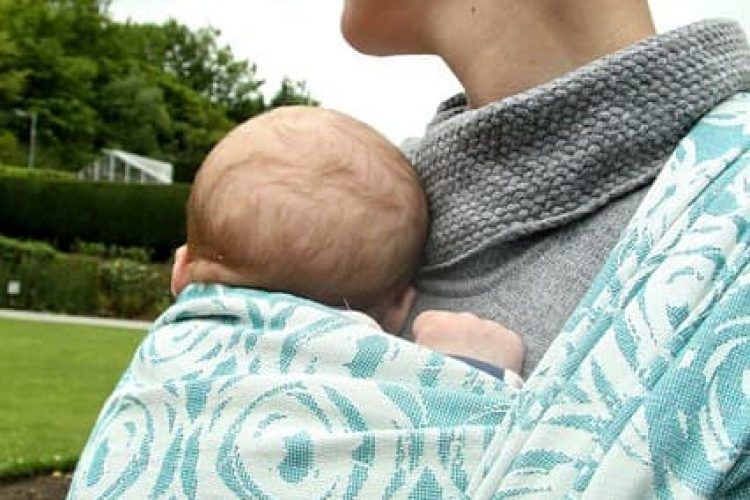 Lieve  lasten: over babydragen #InternationalBabywearingWeek
