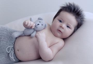 Wanneer mag je kind onder een dekbed slapen?