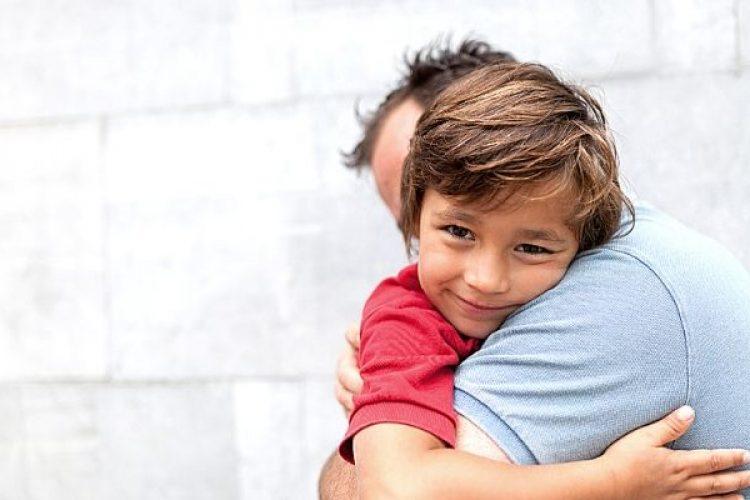 knuffelen; omdat je bestaat!