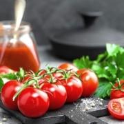 tomaat ontvellen
